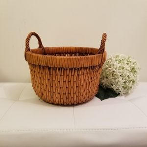 Other - decorative weave basket with handles
